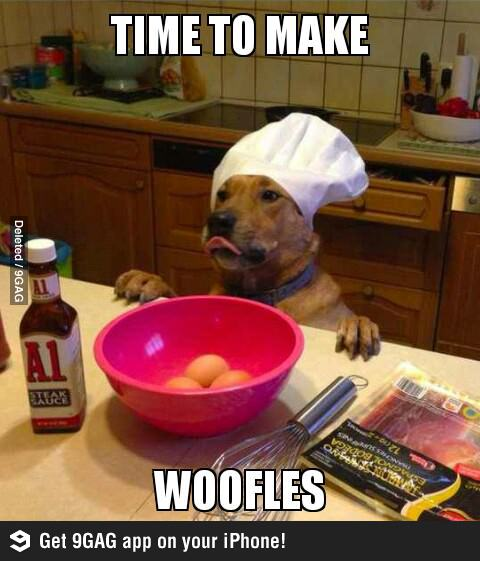 Пёс готовит вафли